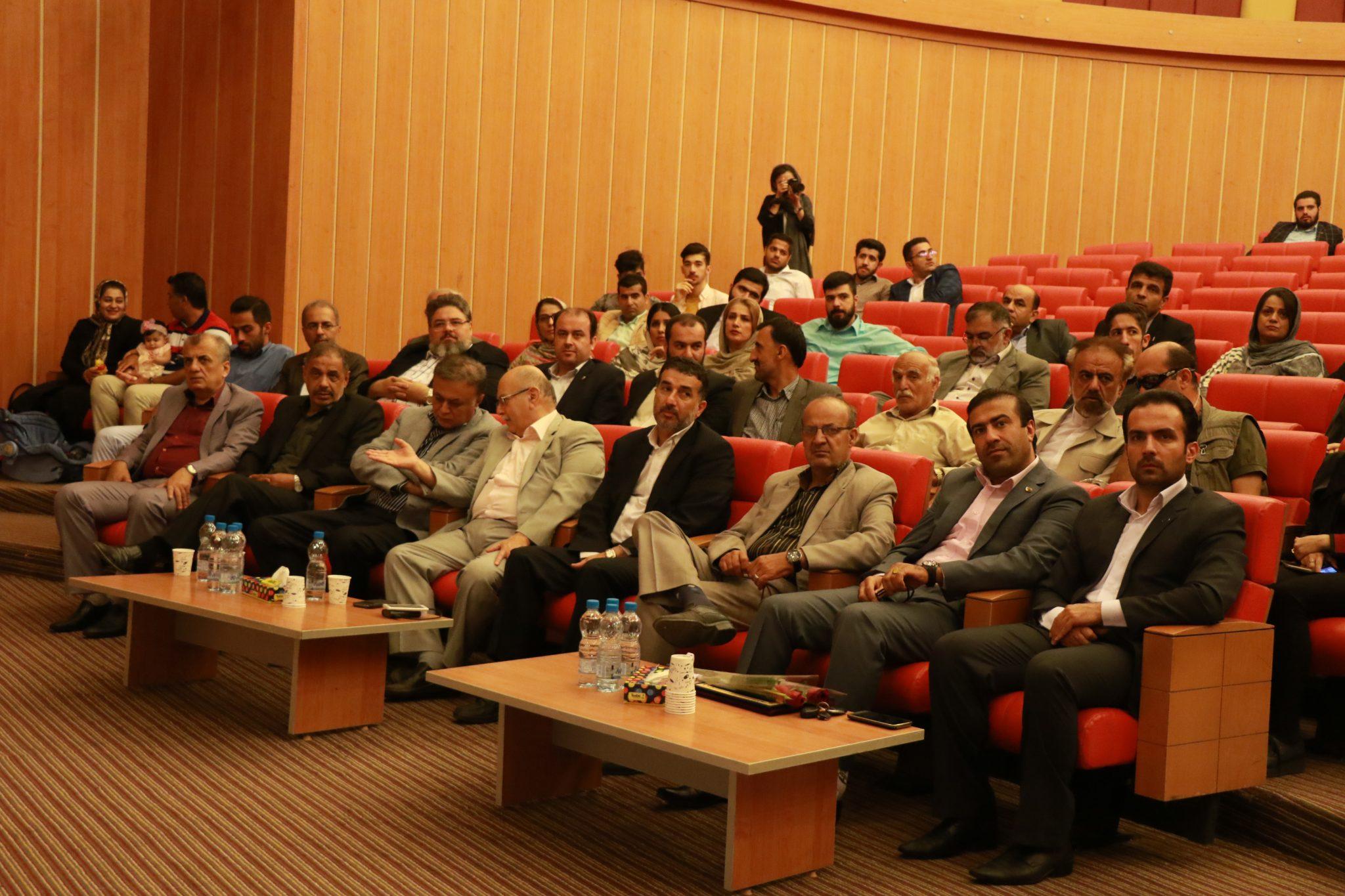 تجلیل از اصحاب رسانه آمل در دانشگاه شمال